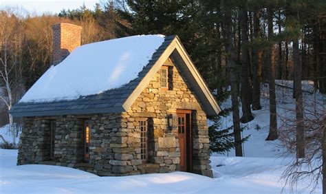 thoreau cabin beautiful home inspired by thoreau s cabin built from