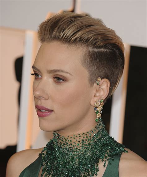 scarlettjohanssonhaircut at the oscars scarlett johansson short straight formal hairstyle light