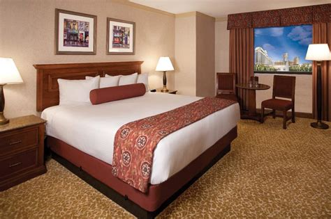 harrahs room caesars travel agents gt properties gt las vegas gt harrahs las vegas gt rooms caesars entertainment