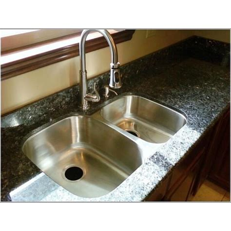 Granite Countertop With Undermount Sink by 2 Centimeter Granite Countertop 60 40 Undermount Sink From