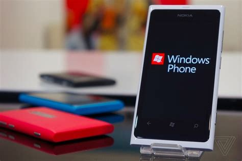 microsoft windows mobile phone i miss windows phone the verge