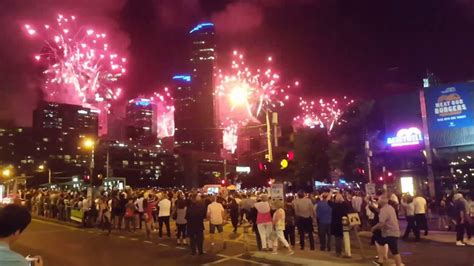 new year 2018 melbourne crown melbourne australia new year fireworks 2017 crown