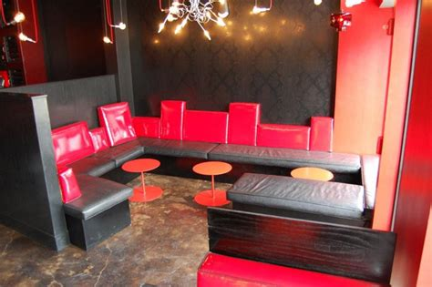 Fancy Bar Accessories Policy S Ground Level Restaurant And Bar Black And