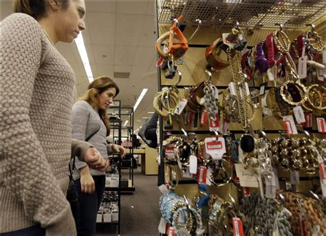 Nordstrom Rack In Schaumburg by U S Consumer Confidence Jumps To 7 189 Year High In January