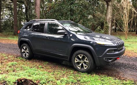 jeep compass trailhawk 2017 black 2017 jeep cherokee trailhawk hd road test review plus 2