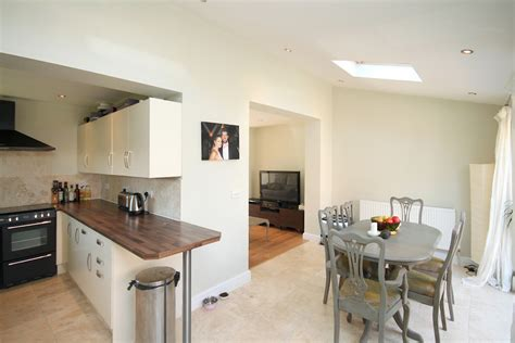 kitchen designs for l shaped rooms timperley downs drive 187 ian macklin company
