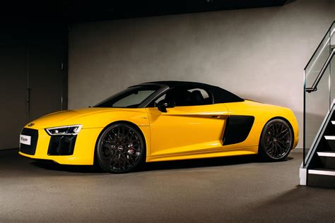 Audi R8 First Year by Uk Debut For The Audi R8 Spyder