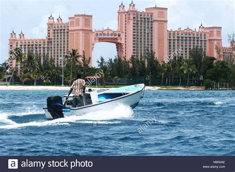 speed boat nassau bahamas atlantis bahamas casino stock photos atlantis bahamas