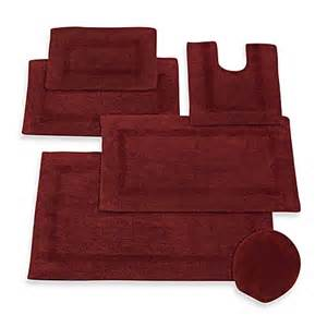 Wamsutta Reversible Bath Rug Buy Wamsutta 174 Reversible Contour Bath Rug In Crimson From Bed Bath Beyond