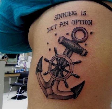 tatuaje de ancla con tim 243 n y inscripci 243 n colores gris y