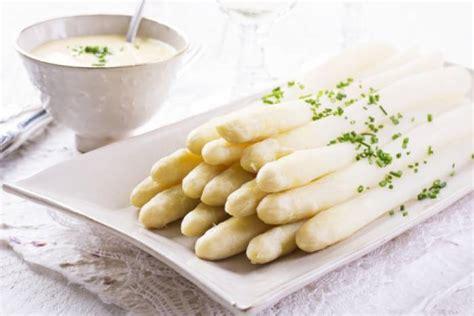 cuisine asperge recette de asperges blanches fondantes et sauce