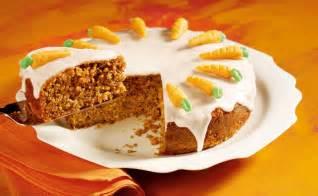kuchen zuckerglasur karottentorte mit zuckerglasur rezept gusto at