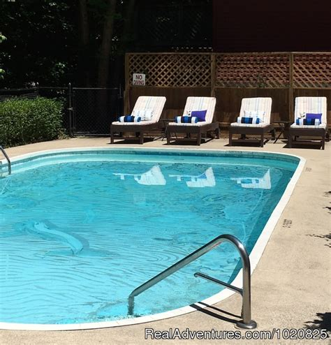 Saugatuck Bed And Breakfast With Pool by Sherwood Forest Bed And Breakfast Saugatuck Michigan Bed