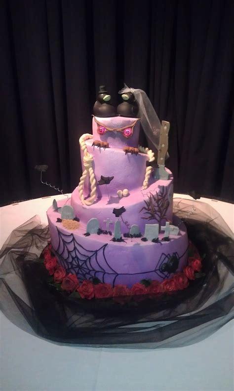 halloween themed cakes halloween themed wedding cake cakecentral com