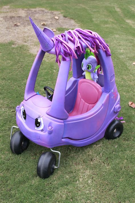 Backyard Creations Elaina 25 Best Ideas About Cozy Coupe Makeover On