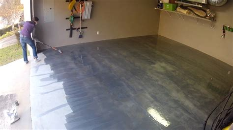 Garage Makeovers by Rust Oleum Rocksolid Floor Coating Mother Daughter Projects