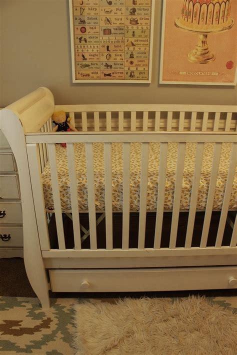 Diy Crib Sheet Step By Step Tutorial For Making Two Types Crib Bedding Tutorial
