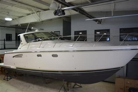 tiara boats for sale ohio tiara boats for sale in port clinton ohio