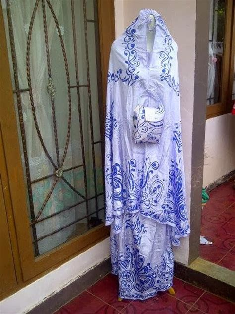 Mukena Bali Traveling Mukena Polos Warna Merah Bata W1 nayas july 2012