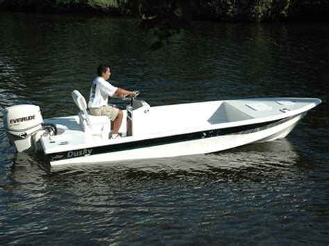 dusky boat weight research 2012 dusky boats 18r on iboats