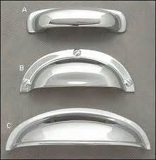 cabinets with handles in the middle 17 best ideas about hardware pulls on pinterest