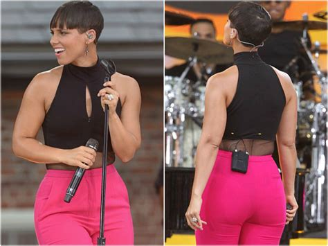 alicia keys shows off new pixie cut sublime zoo