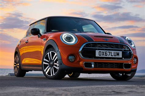 2019 Mini Cooper 3 by 2019 Mini Cooper S 3 Door Front Quarter Autobics