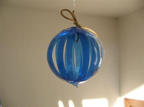 creazioni con bicchieri di plastica creazioni natalizie con bottiglie di plastica 20 idee