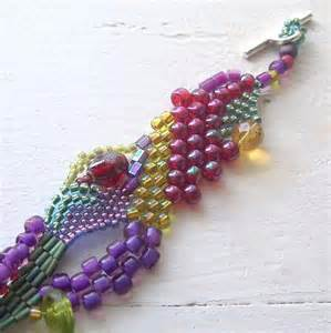 Garden Art Crafts - you have to see freeform peyote bracelet 2 on craftsy
