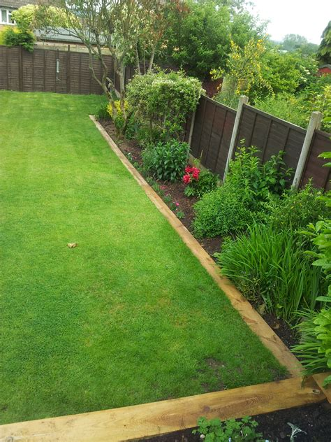 Using Railway Sleepers As Garden Edging by Bl Mobile Home Park Landscaping Ideas Learn How Garden