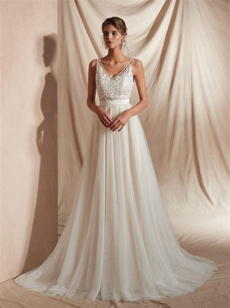 beach wedding dress  sweep trainsimple wedding dress