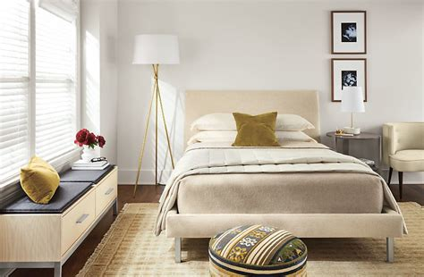 how to furnish a small bedroom how to furnish a small space bedroom 187 sell homes in