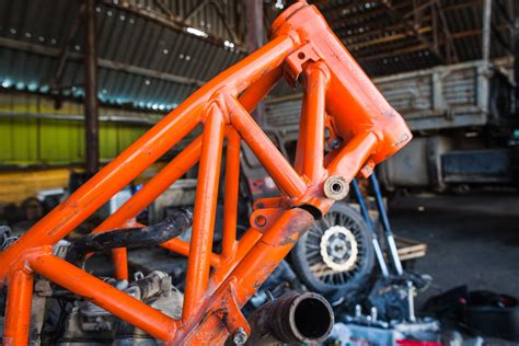 Ktm 690 Frame Into The World To Bam Or Not To Bam