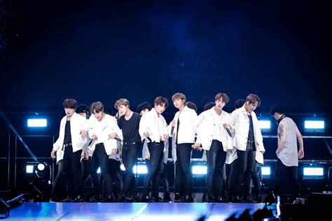 Bts Wings Tour | bts wings tour 2017 pictures to pin on pinterest pinsdaddy