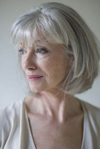 bangs and gray hair grey bob with bangs hair styles pinterest beautiful