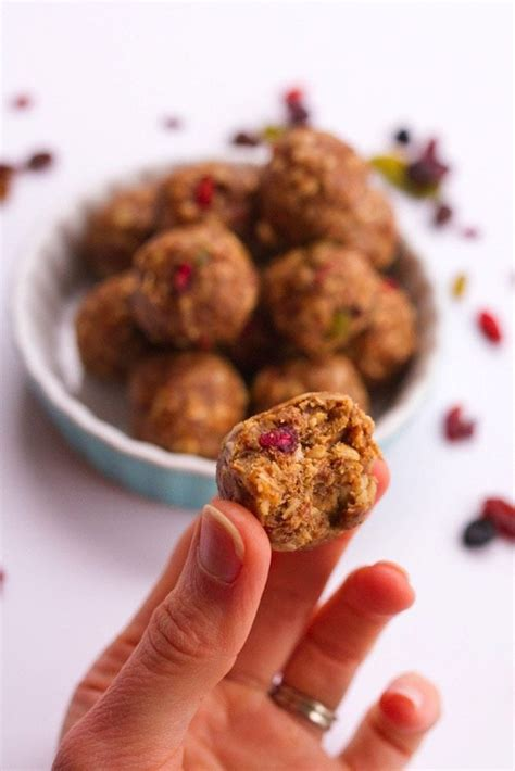 Superfood Detox Recipes by Superfood Energy Balls