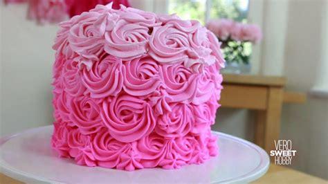 como decorar pasteles con rosas pastel de rosas como hacer y decorar un pastel de rosas