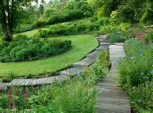 un jardin design avec des mat 233 riaux 233 cologiques