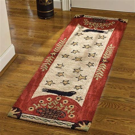 folk crow hooked rug runner   park designs pc