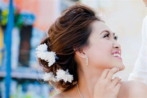 5 Best Wedding Hairstyles for Round Faces