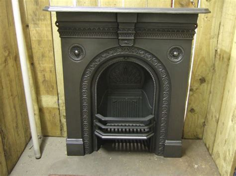 Victorian Cast Iron Fireplace   Stockport   198MC   Old