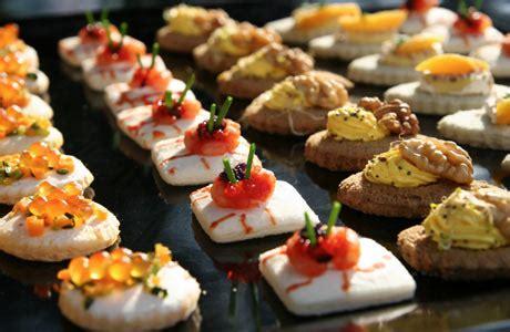 finger foods for a wedding weddingspies finger food ideas for weddings finger food
