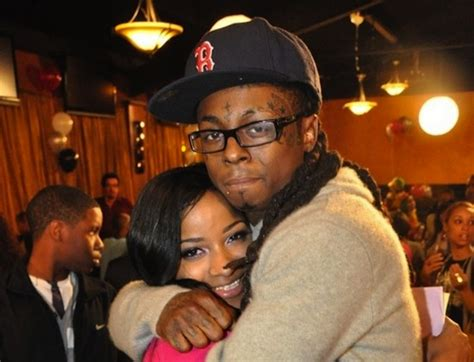 toya wright lil waynes baby mama arrested in georgia toya wright leaks texts of lil wayne confessing his love