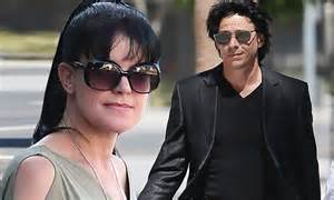 Pauley Perrette leaves court after facing ex-husband she ...