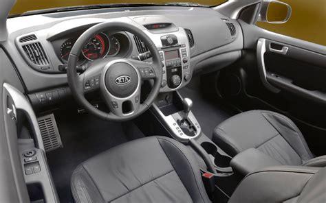 2010 kia forte interior 2010 kia forte koup drive and review motor trend