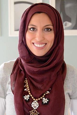 Jilbab Instan Yang Cocok Untuk Wajah Lonjong Jilbab Yang Cocok Untuk Si Wajah Oval Co Id