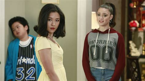 tuesday s tv highlights fresh off the boat on abc - Fresh Off The Boat Season 4 Parent Directory