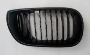 Grill Ac Bmw E46 Kanan Dan Kiri kode 782 jual grill e46 02 facelift black sepasang