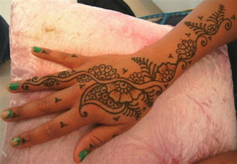 henna design for hand henna tattoo singapore