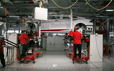 Tesla Motors Fremont Plant 2012 Tesla Model S Drive Motor Trend